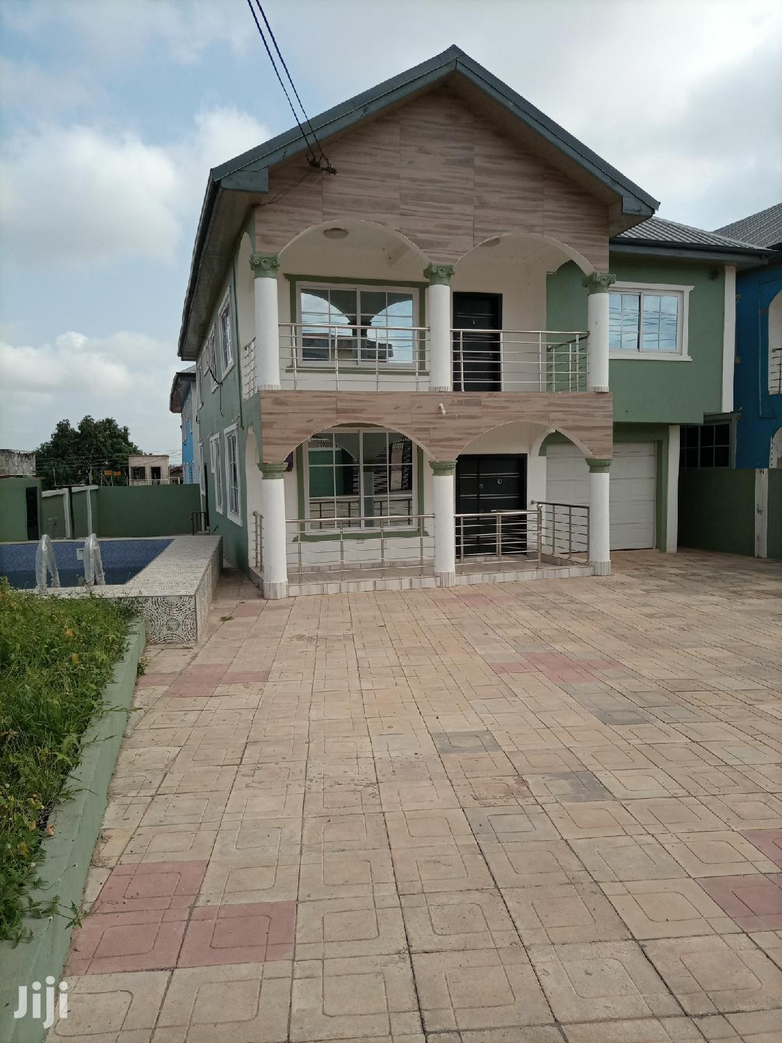 5 Bedrooms House for Sale With Swimming Pool at Achimota Mall | Houses & Apartments For Sale for sale in Achimota, Greater Accra, Ghana