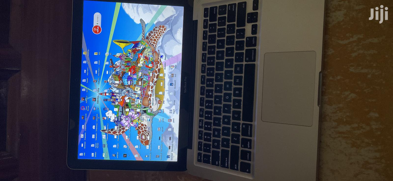 Laptop Apple MacBook Pro 4GB Intel Core 2 Duo 250GB