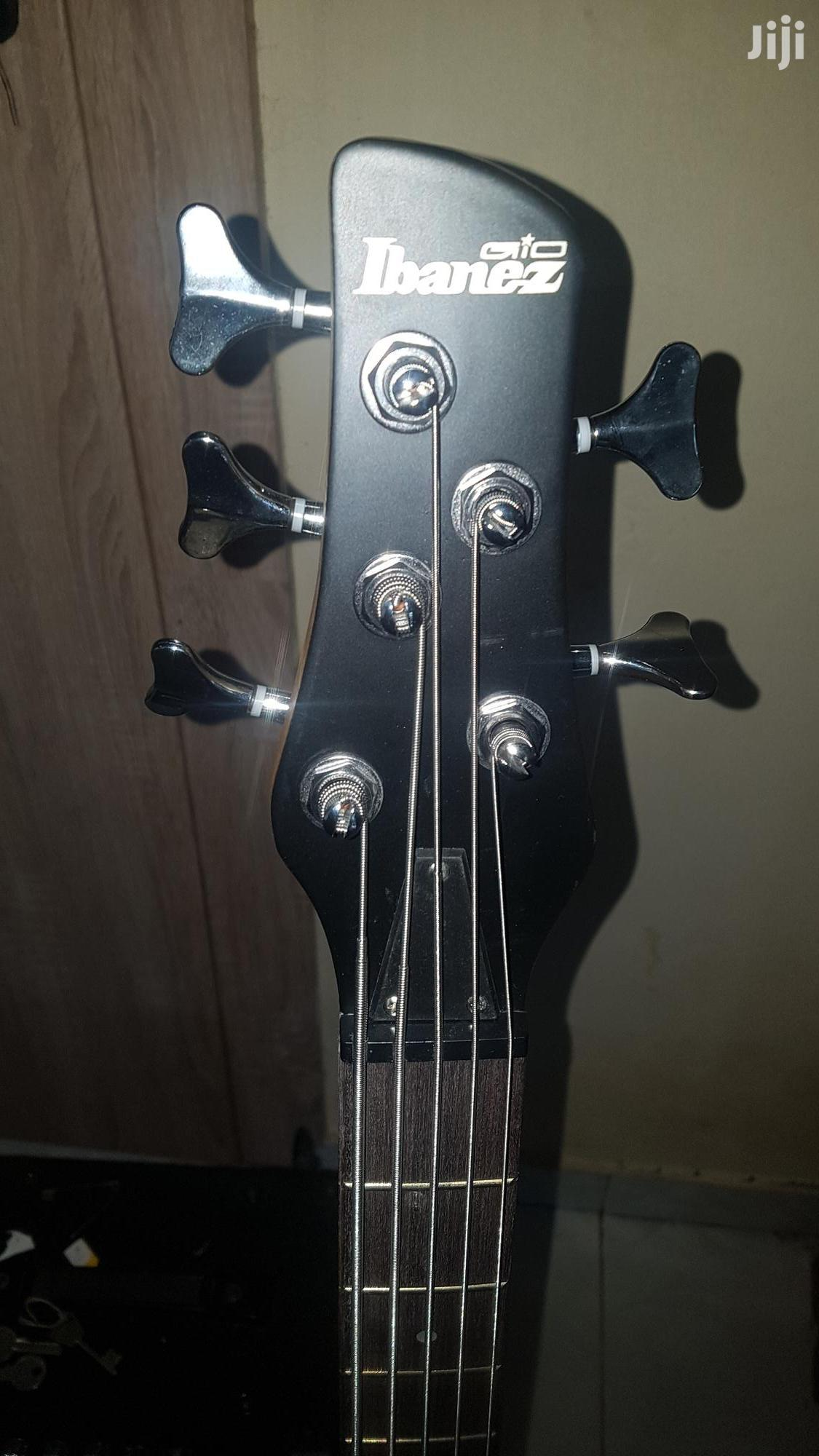 Archive: Ibanez Bass Guitar an Combo
