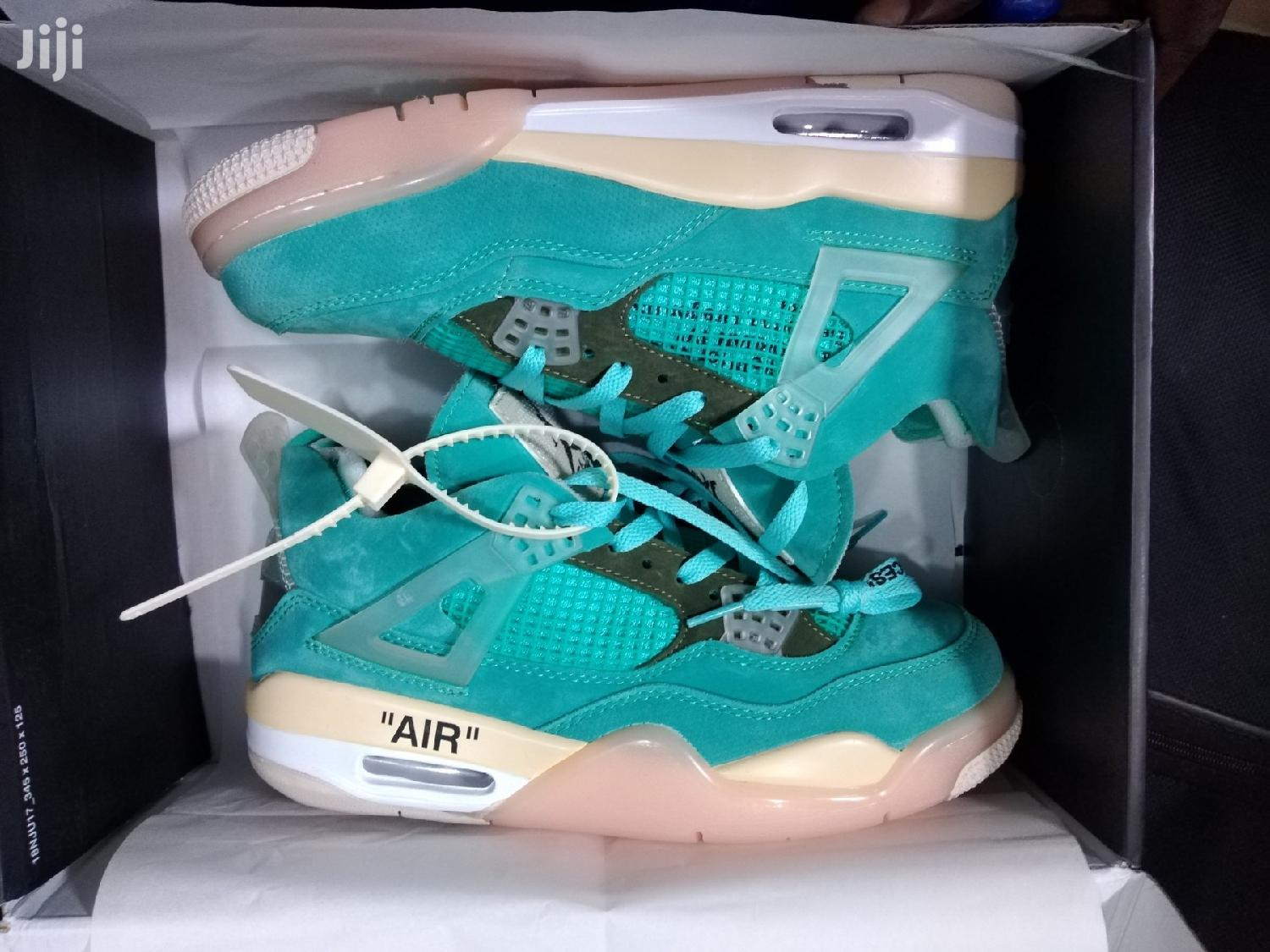 Jordan 4 Offwhite   Shoes for sale in Accra Metropolitan, Greater Accra, Ghana