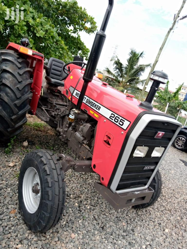 Tractors / Implements / Agricultural Equipment