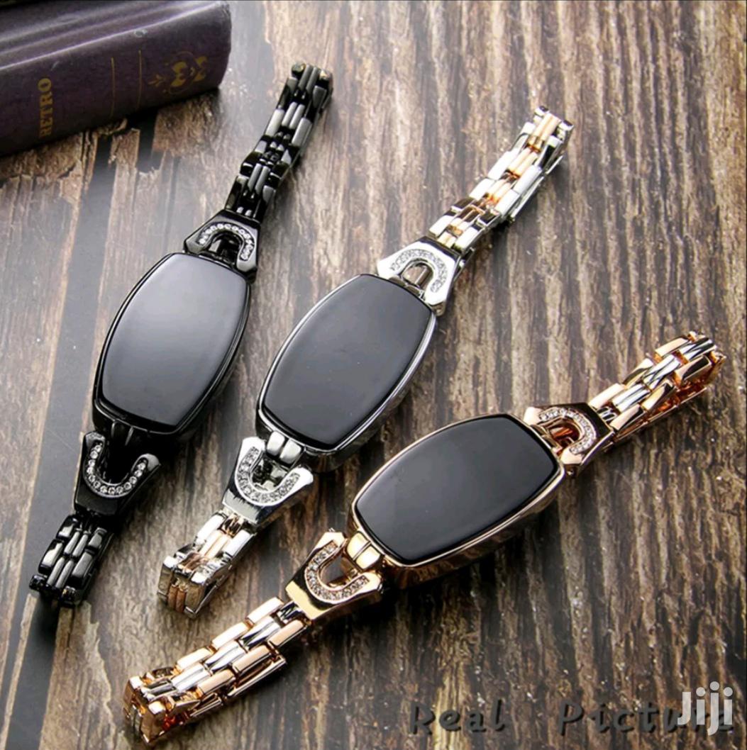 Archive: Ladies Luxury Smart Watch