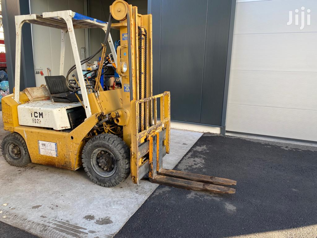2 Tonne TCM Diesel Powered Forklift From Germany
