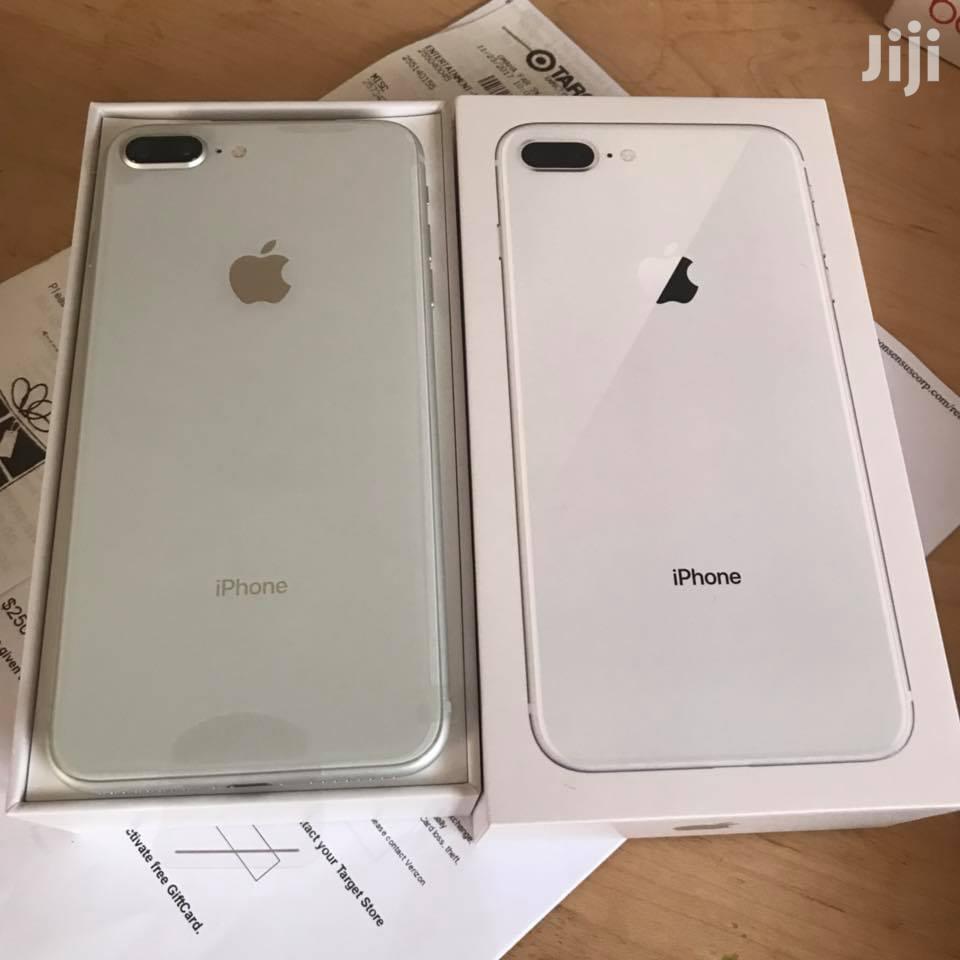 New Apple iPhone 8 Plus 64 GB