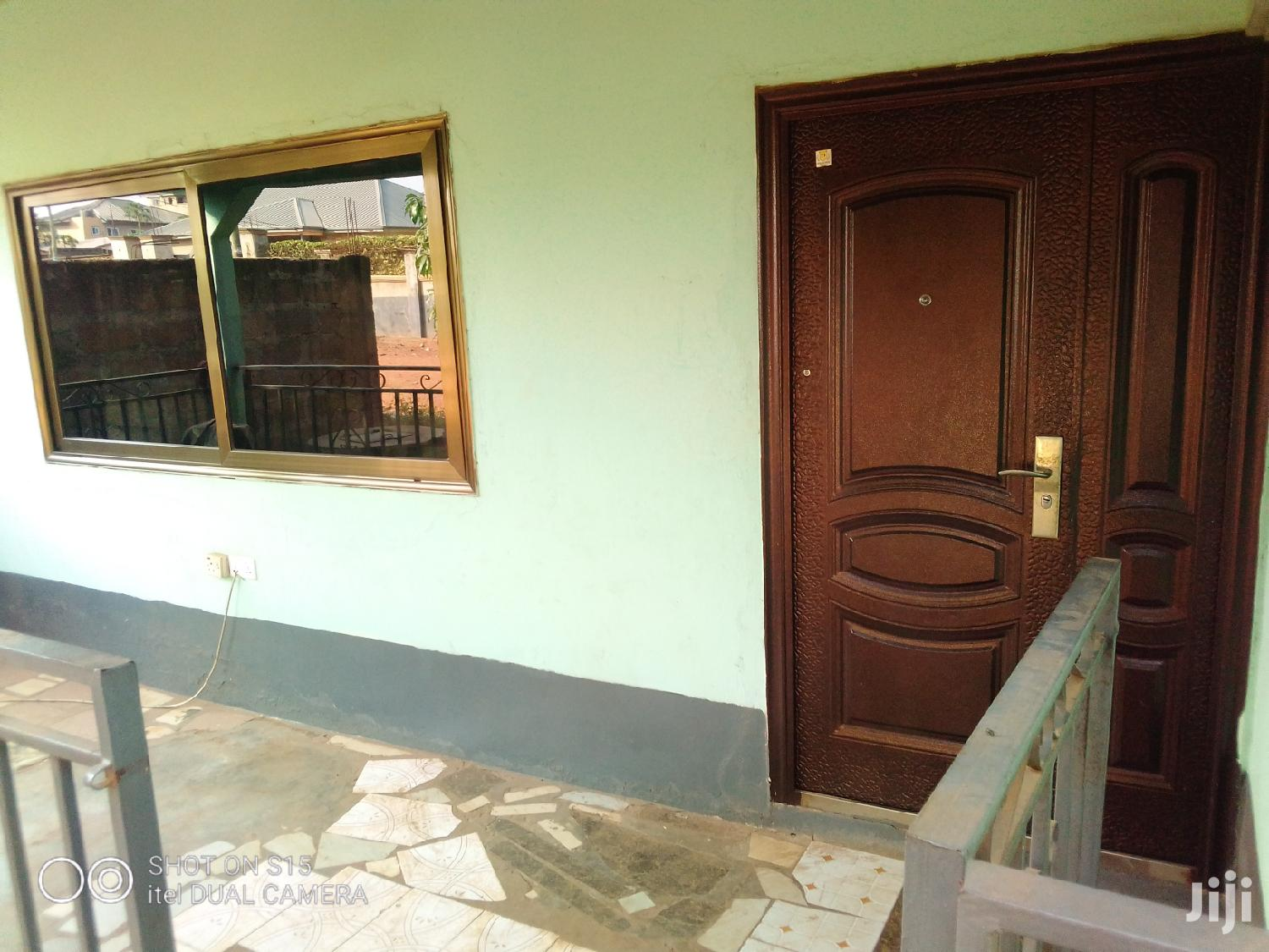 Archive: 2 Bedroom House Sale Viewing 50