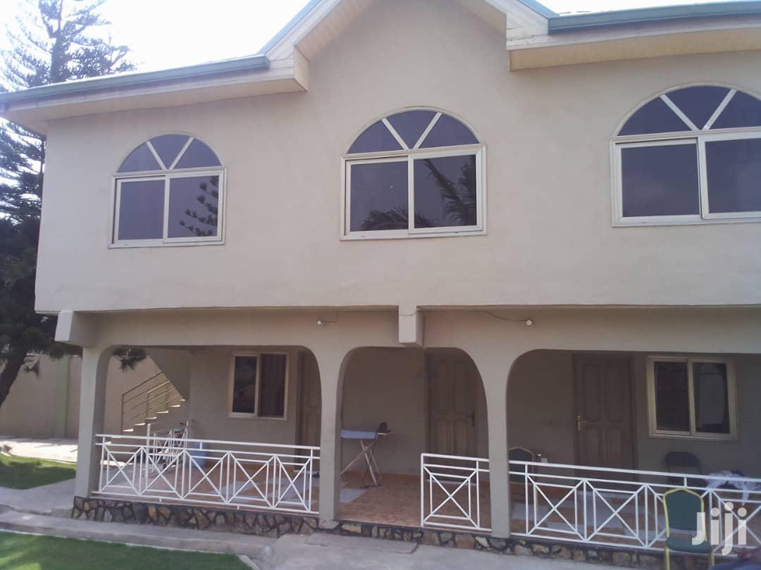 6 Bedrooms House for Sale at Santa Maria
