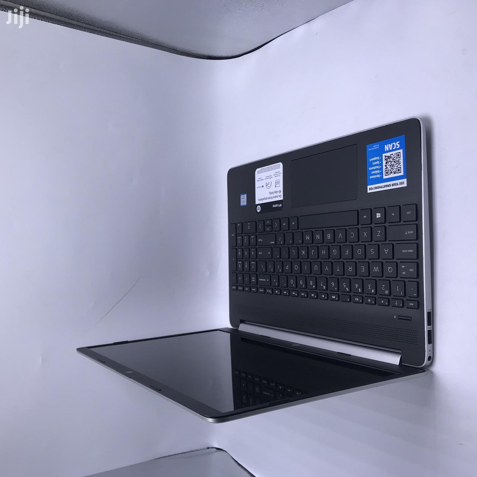 Laptop HP 15-Ra003nia 12GB Intel Core I5 SSD 256GB