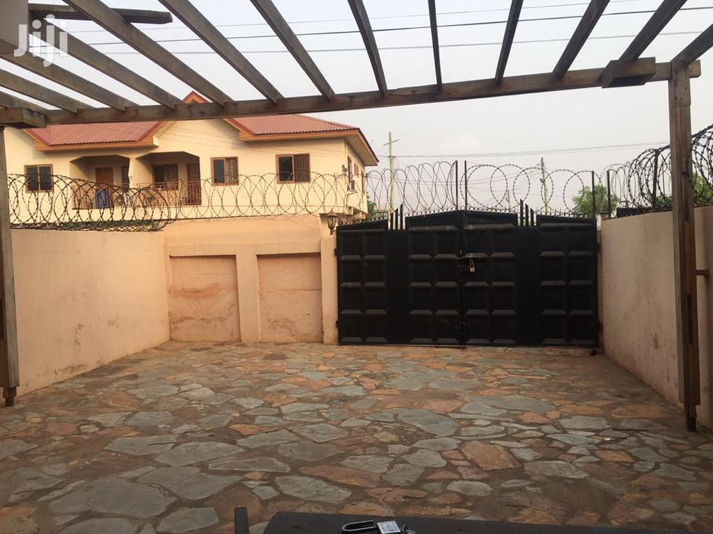 3 Bedrooms House for Rent at Spintex Lashibi Near Vivian Far
