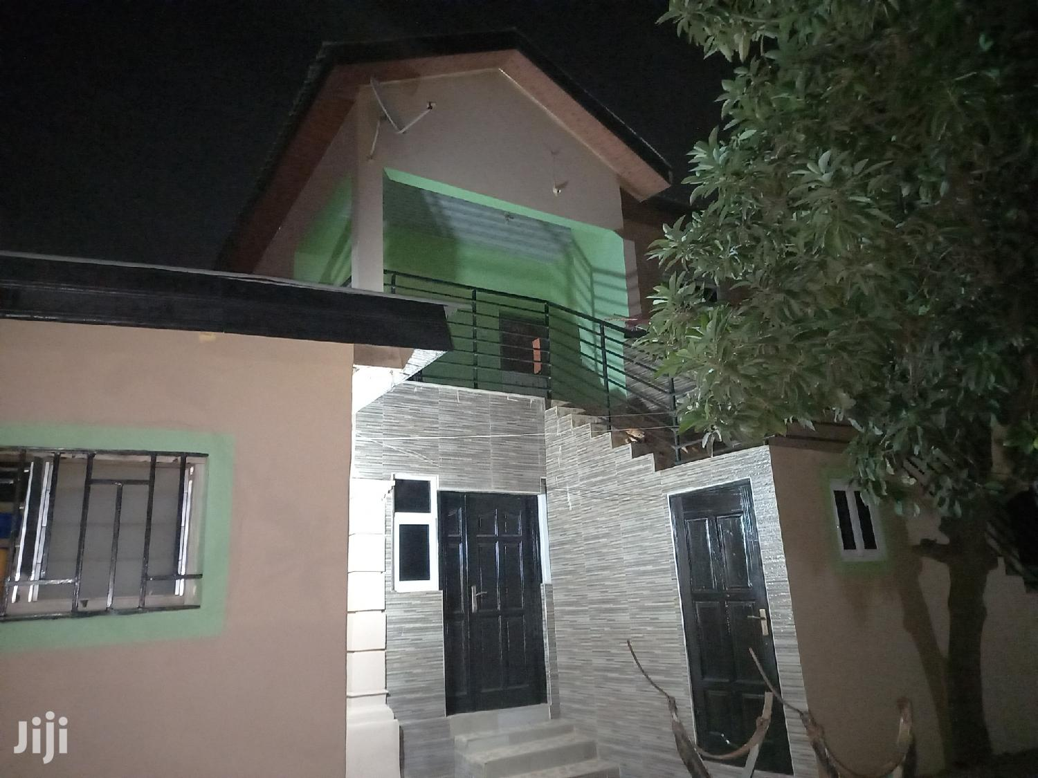 Mini Flat in Lapaz for Rent
