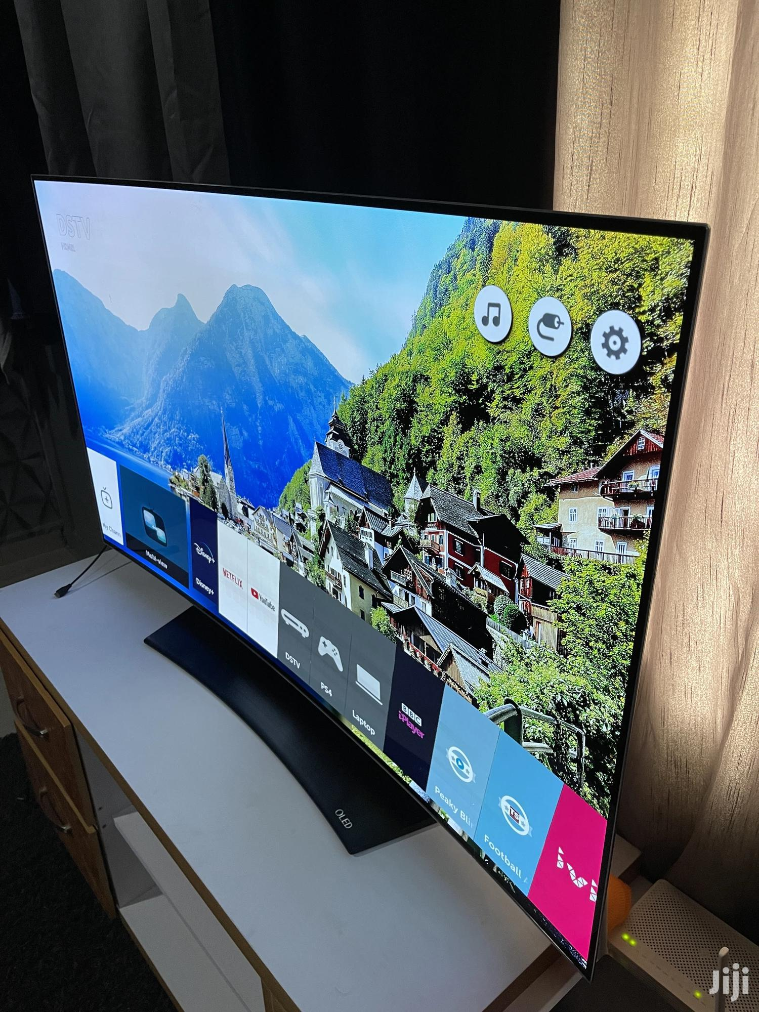 """Archive: *Slightly Used 2016 55"""" LG OLED 4K Smart Curved From UK*"""