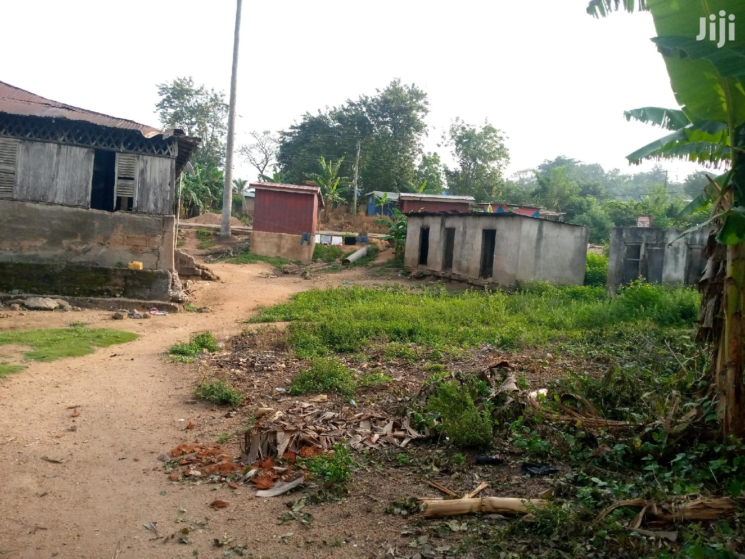 Property With 4 Plots of Land for Sale at Nsawam | Houses & Apartments For Sale for sale in Ga West Municipal, Greater Accra, Ghana