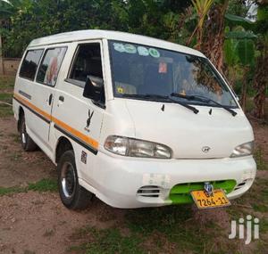 Hyundai H100 2002 White   Buses & Microbuses for sale in Central Region, Awutu Senya East Municipal
