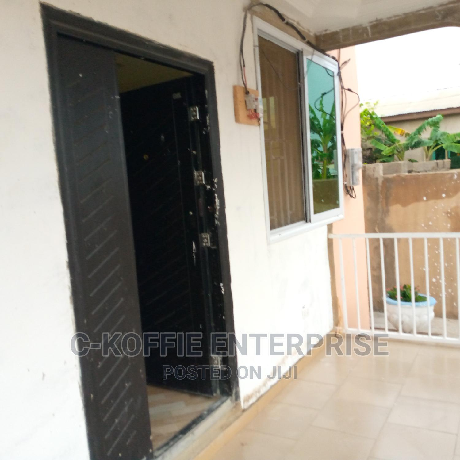 Big 2bedrooms 3washrooms Self Compound | Houses & Apartments For Rent for sale in Ga West Municipal, Greater Accra, Ghana