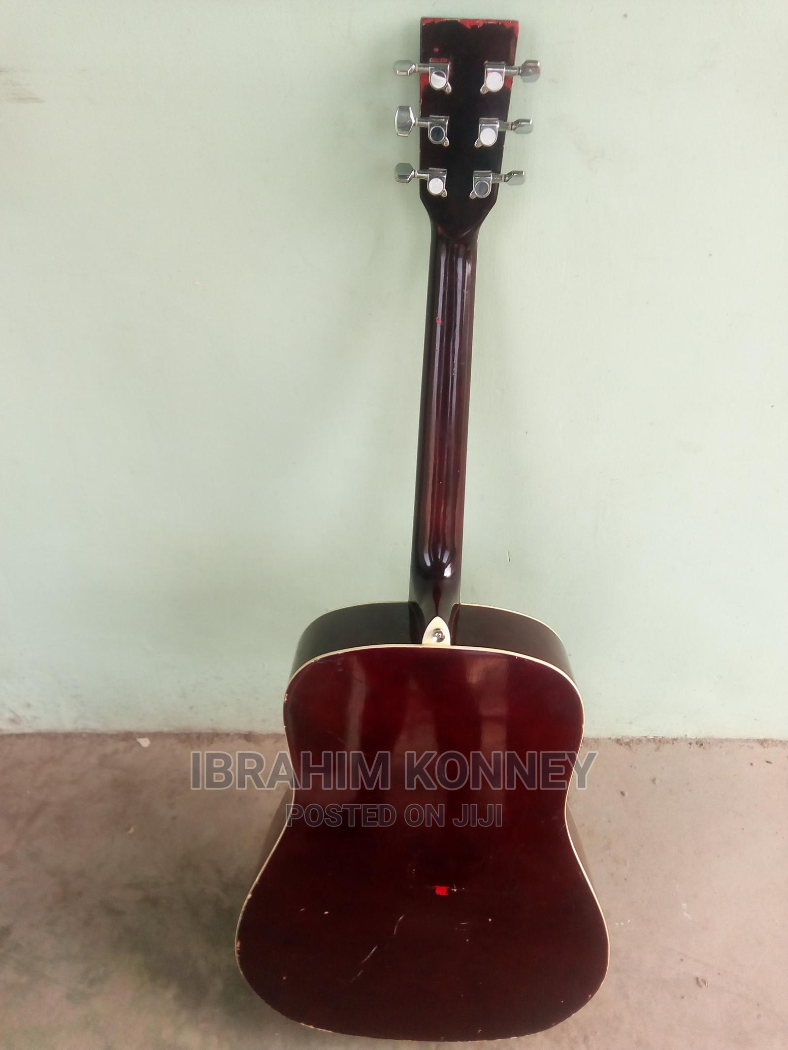 Archive: Acoustic Guitar