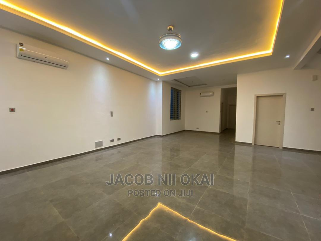 An Executive Four (4) Bedroom for Sale at Lakeside