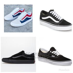 Vans Sneakers (Free Delivery)   Shoes for sale in Greater Accra, Kokomlemle