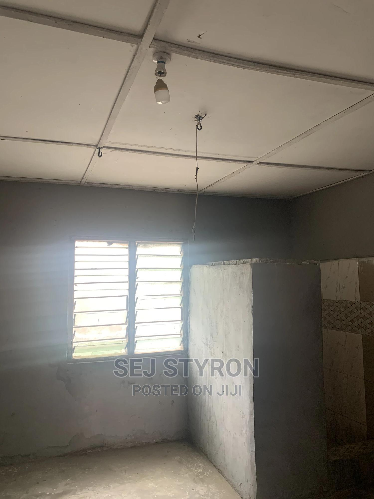 Chamber and Hall | Houses & Apartments For Rent for sale in Awutu Senya East Municipal, Central Region, Ghana