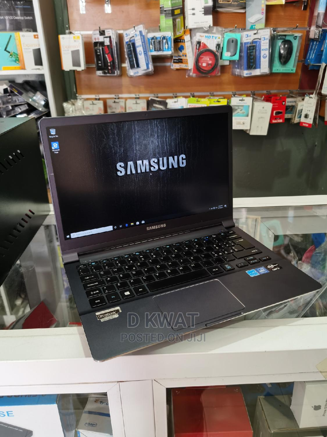 Laptop Samsung NP900X3D 4GB Intel Core I7 SSD 256GB | Laptops & Computers for sale in Sunyani Municipal, Brong Ahafo, Ghana