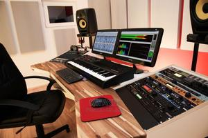 Studio Softwares   DJ & Entertainment Services for sale in Greater Accra, Odorkor