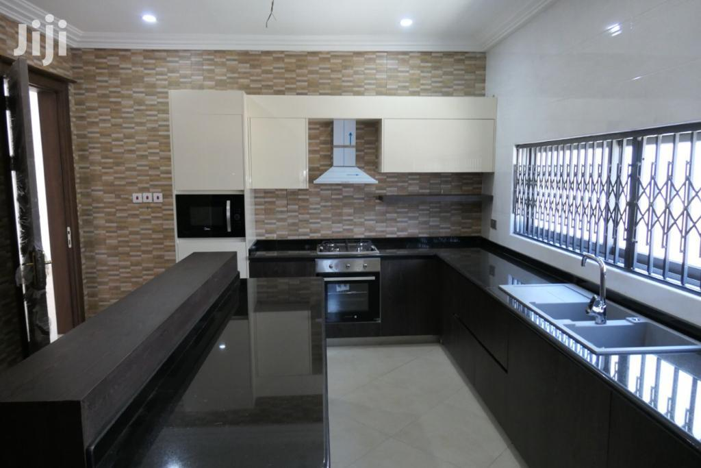 3bedroom House at Dome, Achimota, East Legon 4 Sale
