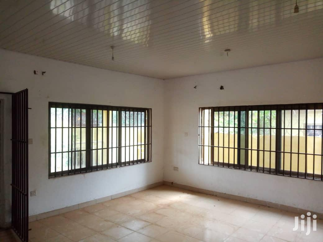 Archive: Exec 4bedroom House for Rent at Kwabenya