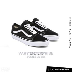 Vans Authentic Old Skool [Comes in Box + Free Delivery!]   Shoes for sale in Greater Accra, Accra Metropolitan