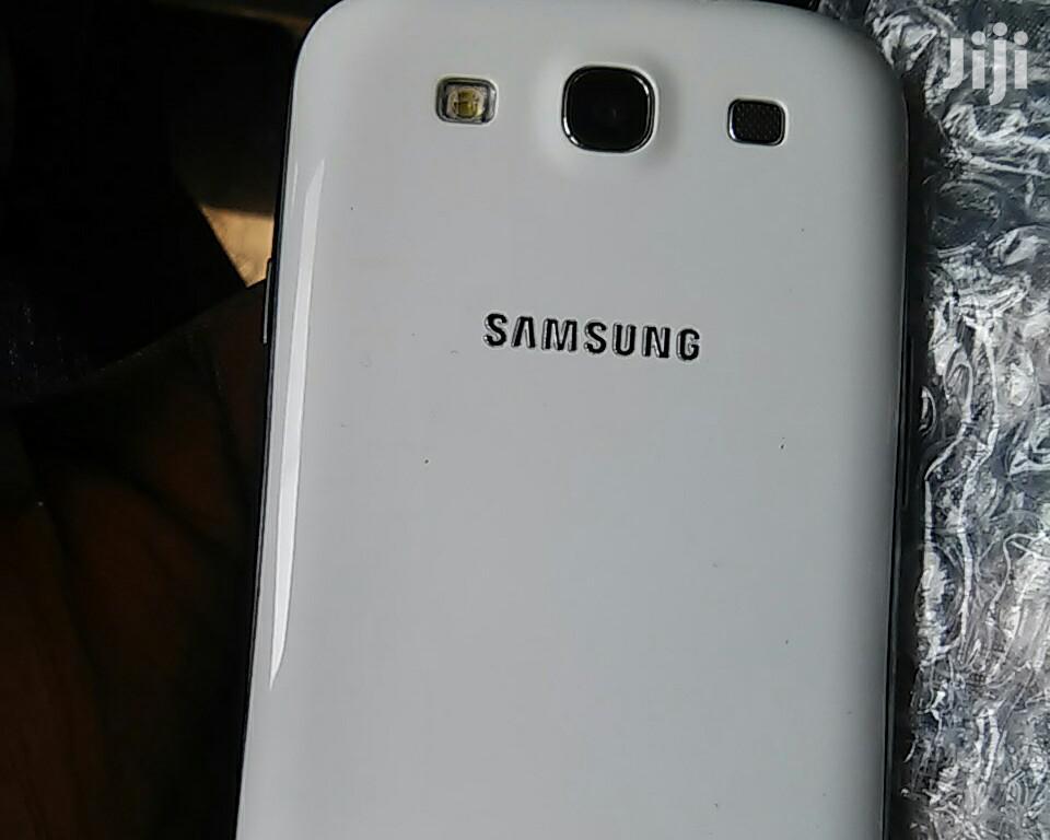 New Samsung Galaxy S3 16 GB White