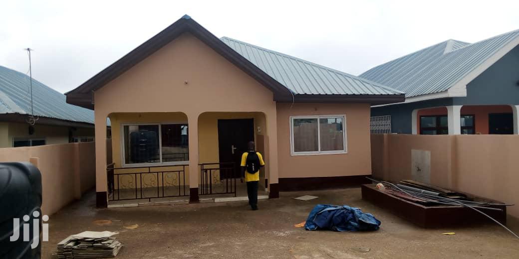 Exec 3bedroom Self Compound for Rent at Kwabenya