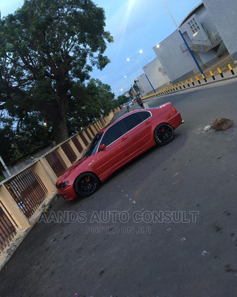 Archive: BMW 330i 2005 Red