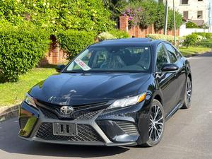 Toyota Camry 2019 SE (2.5L 4cyl 8A) Black   Cars for sale in Greater Accra, Tema Metropolitan