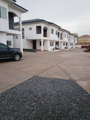 3bdrm Townhouse in Tes Addo Roundabout, Tseaddo for Rent | Houses & Apartments For Rent for sale in Teshie, Tseaddo