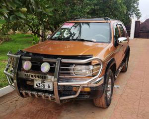 Nissan Pathfinder 1999 Gold   Cars for sale in Western Region, Shama Ahanta East Metropolitan
