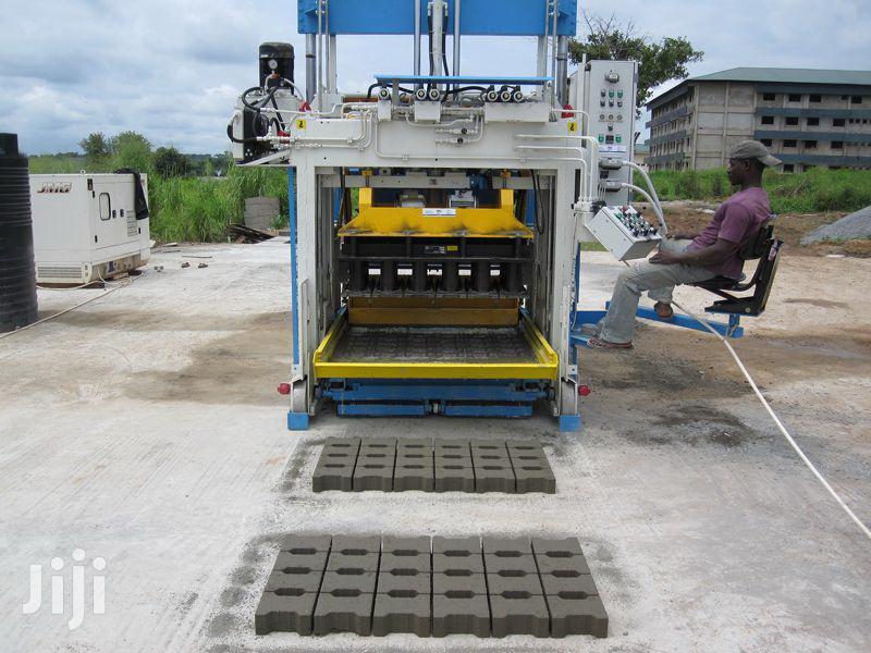 Archive: Movable Block Machine SUMAB E12