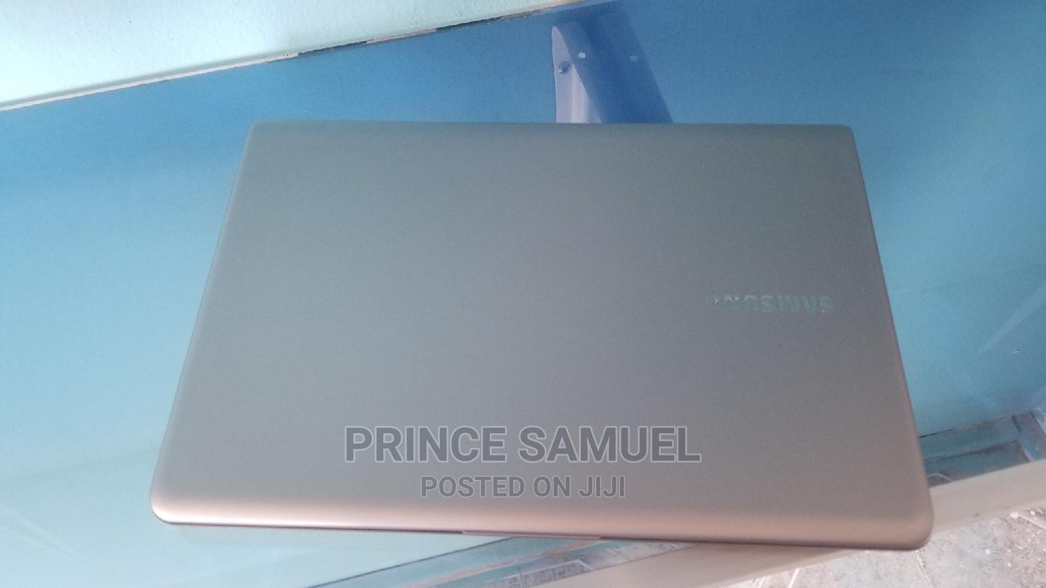 Laptop Samsung Other 8GB Intel Core I5 HDD 320GB