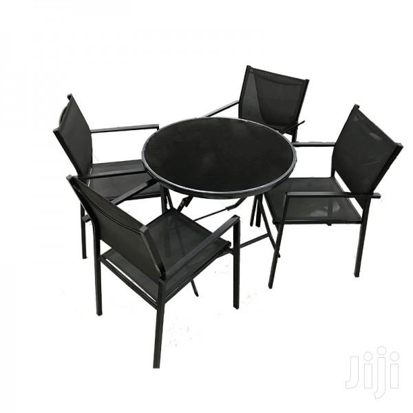 1table 4chairs Grey