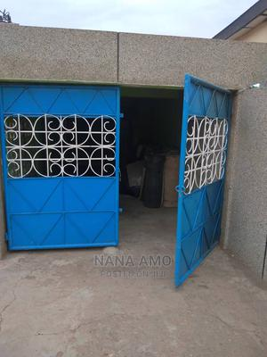 1bdrm Room Parlour in Italian Flats, Accra Metropolitan for Rent | Houses & Apartments For Rent for sale in Greater Accra, Accra Metropolitan