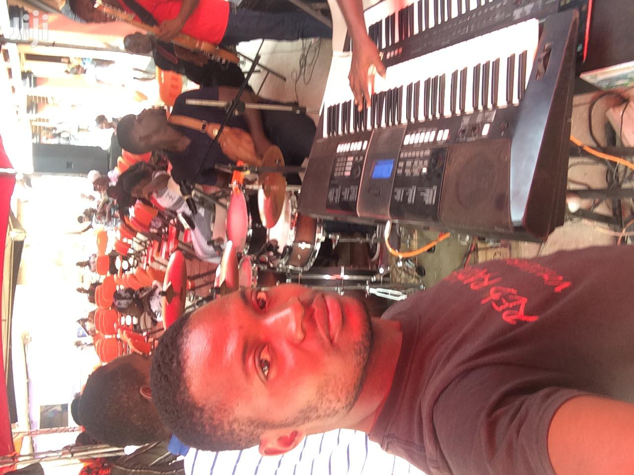 Very Experienced Liveband Keyboardist | Arts & Entertainment CVs for sale in Adenta Municipal, Greater Accra, Ghana