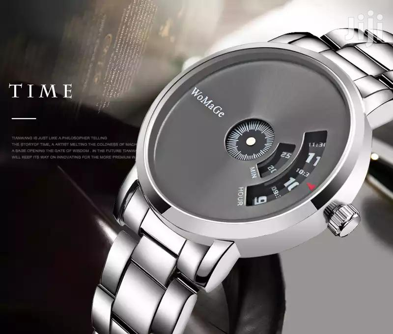 Men and Women Fashion Watch