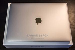 New Laptop Apple MacBook Pro 16GB Intel Core I9 SSD 1T | Laptops & Computers for sale in Greater Accra, Accra Metropolitan