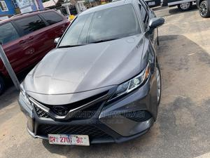 Toyota Camry 2019 SE (2.5L 4cyl 8A) Gray   Cars for sale in Greater Accra, Achimota