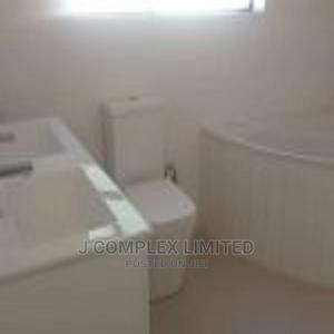 4bdrm Townhouse in Ringway Estate, Accra Metropolitan for Sale   Houses & Apartments For Sale for sale in Greater Accra, Accra Metropolitan