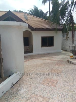 3bdrm Block of Flats in Asokwa, Kumasi Metropolitan for Rent | Houses & Apartments For Rent for sale in Ashanti, Kumasi Metropolitan