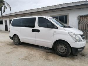 Hyundai H1 2010 From Germany | Buses & Microbuses for sale in Central Region, Awutu Senya East Municipal