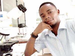 CV Applying for a CV as a Laboratory Technician   Healthcare & Nursing CVs for sale in Eastern Region, Lower Manya Krobo