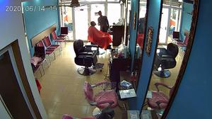 Ultra Modern Barbering Saloon for Rent Equipment for Sale   Commercial Property For Rent for sale in Greater Accra, Oyarifa