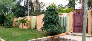 4bdrm House in Millions Properties, Kumasi Metropolitan for Sale   Houses & Apartments For Sale for sale in Ashanti, Kumasi Metropolitan