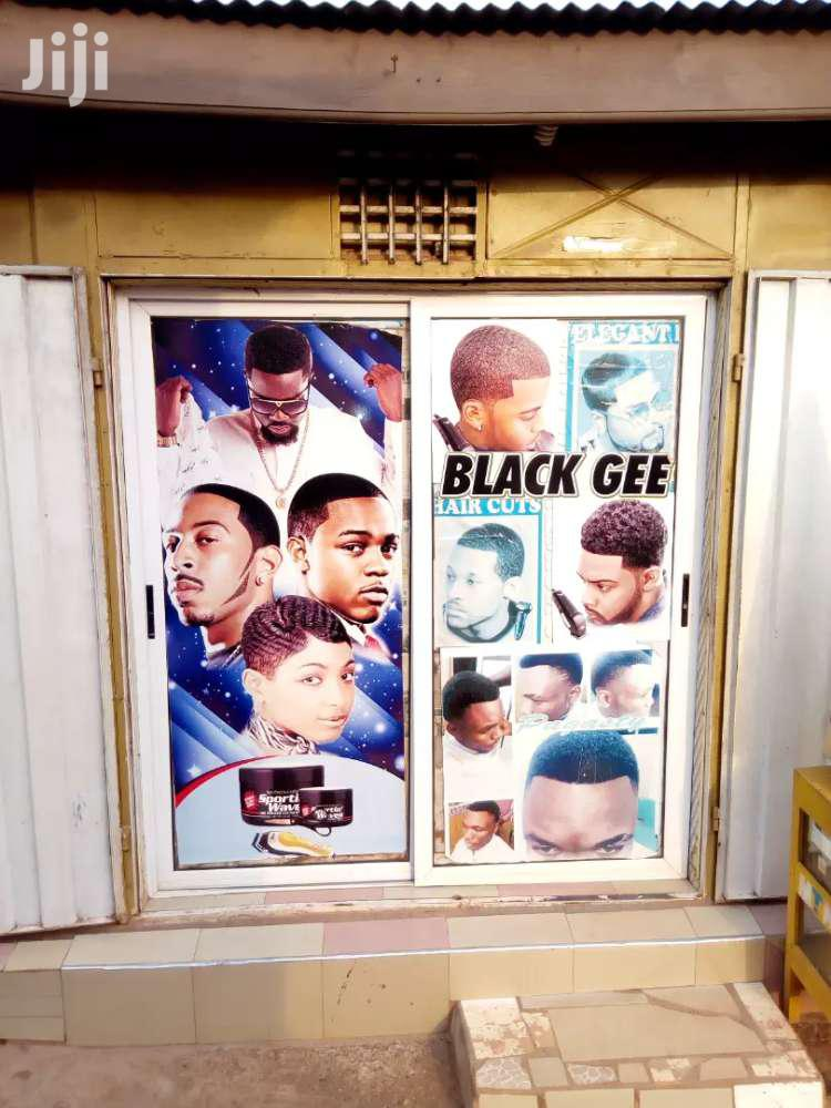Barbering Saloon For Rent