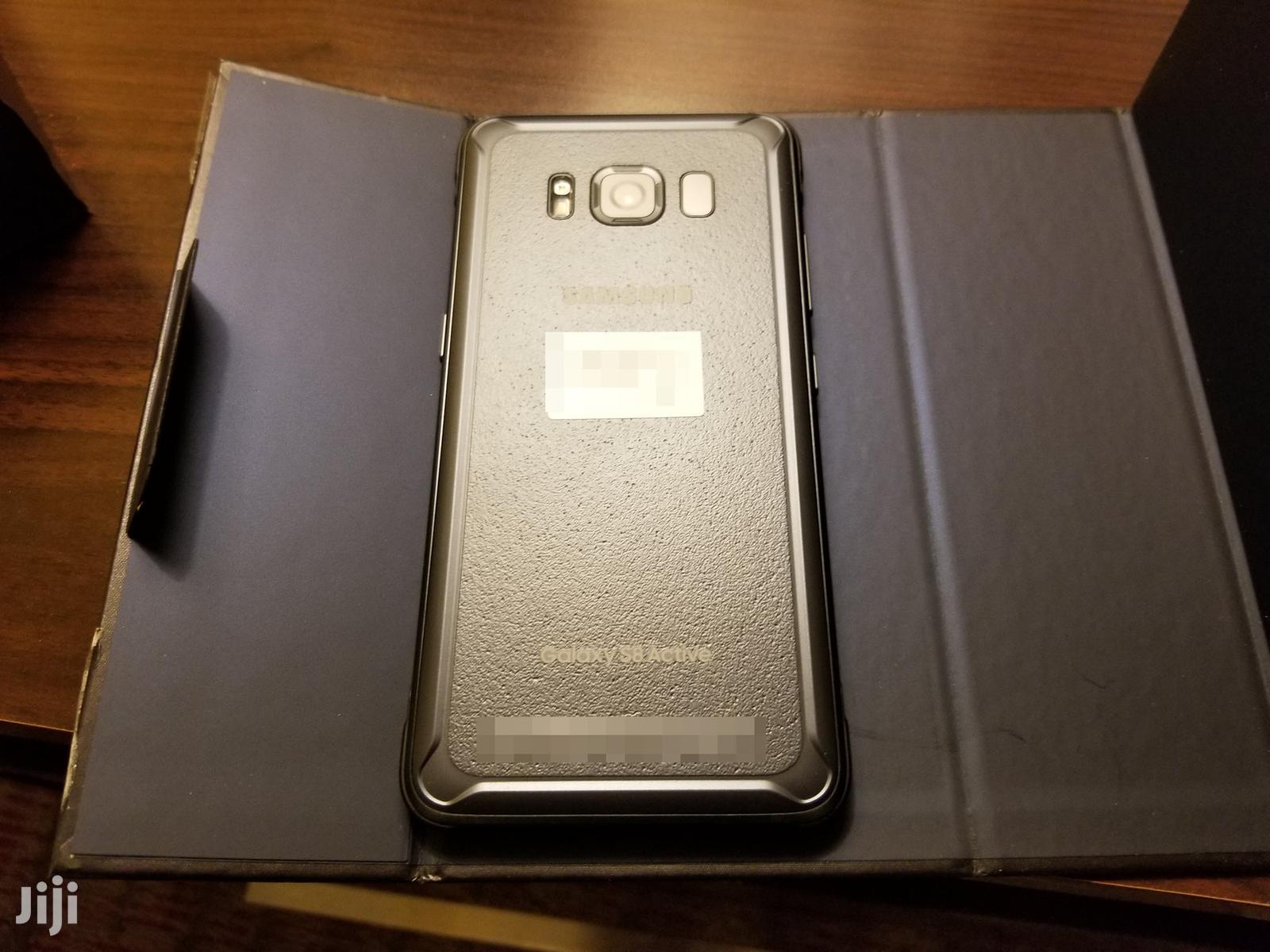 Archive: New Samsung Galaxy S8 Active 64 GB Black