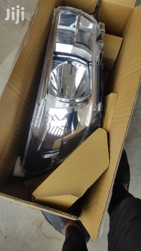 2016 Toyota Hilux Headlight Pair