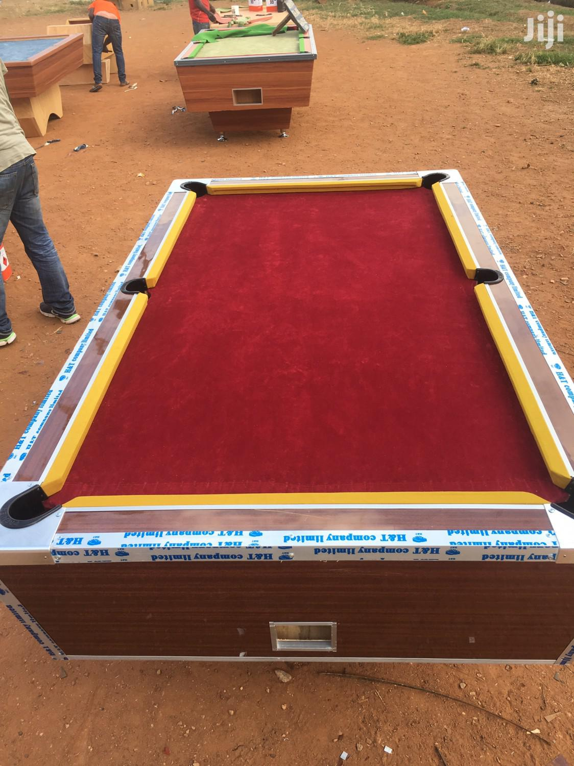 Coins Operating Table Snooker